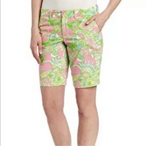 Lilly Pulitzer Shorts - Lilly Pulitzer Chin Chin Print Avenue Shorts 6